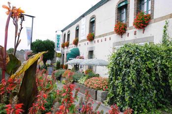 Photo - LE GRAND CERF ERNEE - Club Hotelier de la Mayenne - Hotel Mayenne